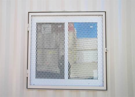 Optional 4x3 window, includes welded frame & bugscreen